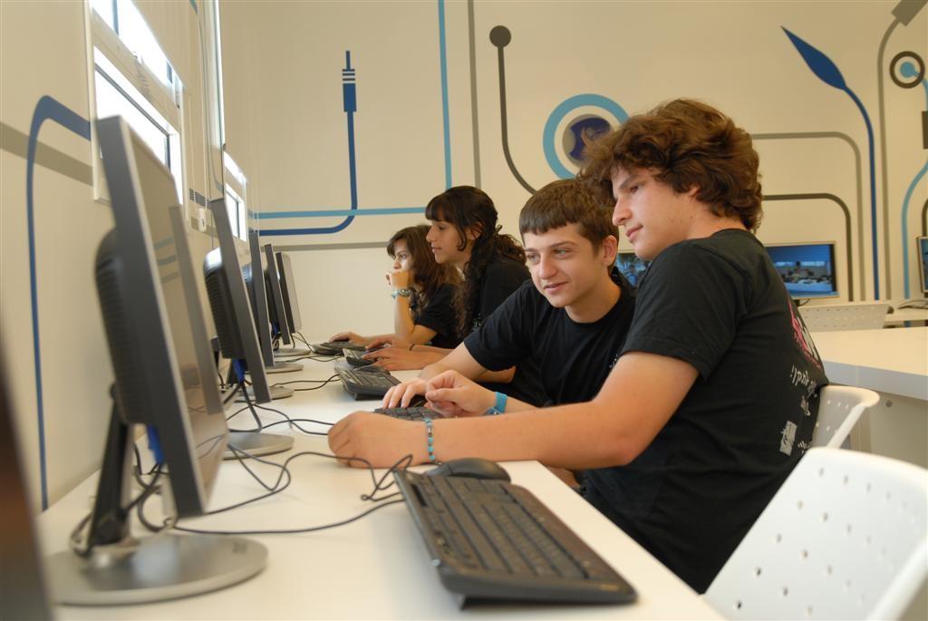 Net@ Coexistence - Former les jeunes à un métier d'avenir